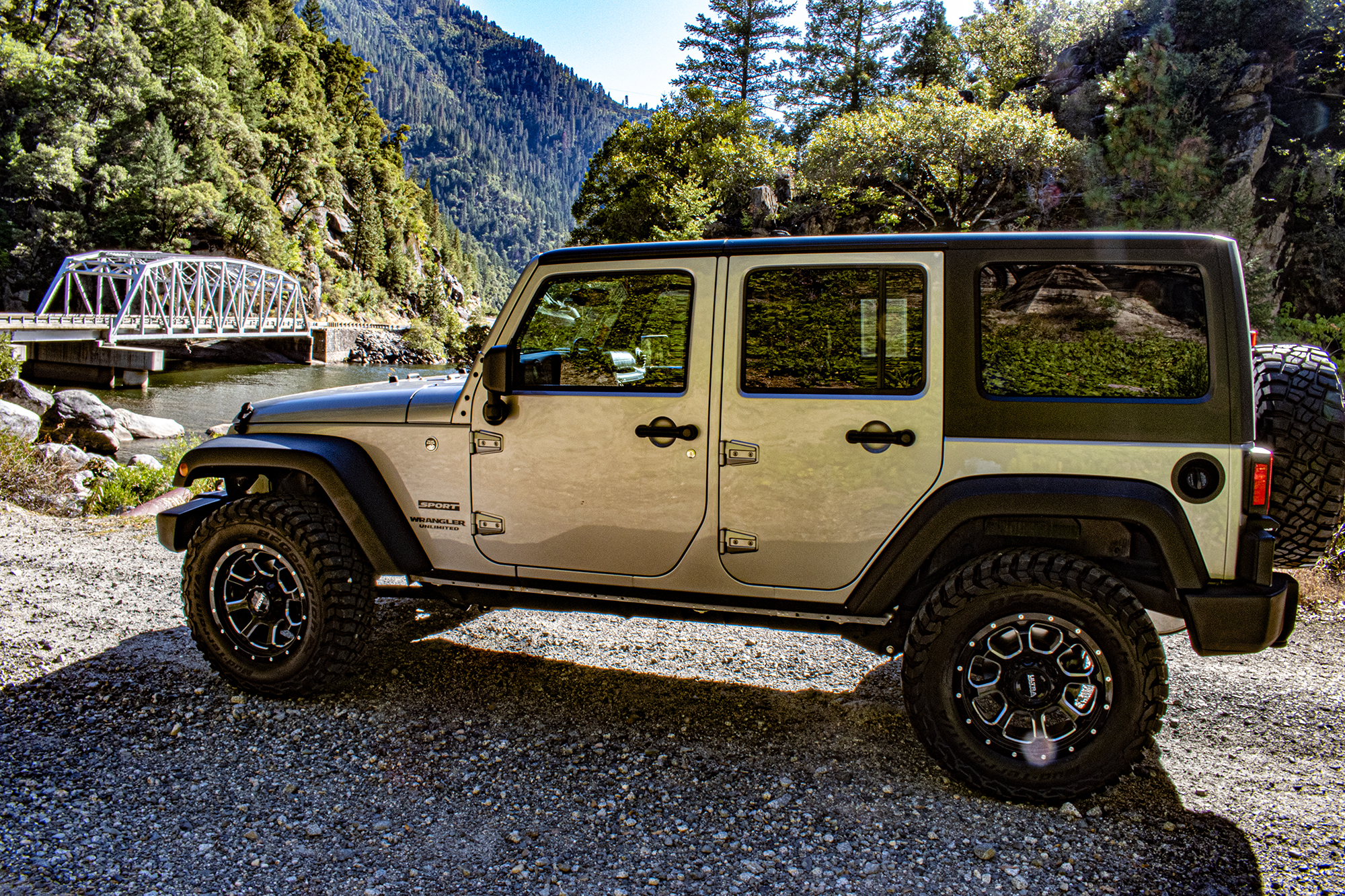 2017-Jeep-Wrangler-Unlimited-Sport-West-Mitsubishi-01